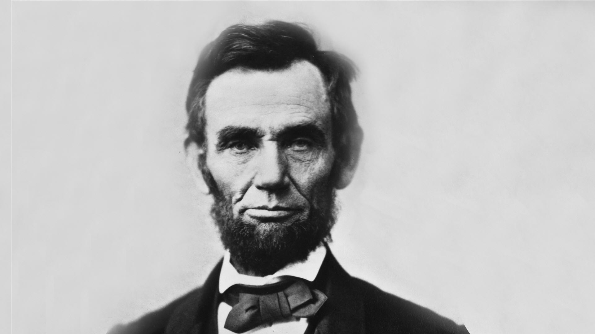 abraham-lincoln-closer-to-size